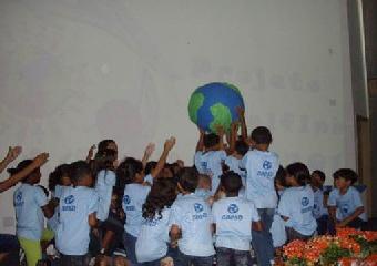 Formatura dos alunos do projeto golfinho